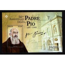2018 Malta Anniversario Padre Pio foglietto MNH