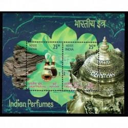 2019 India foglietto al profumo di Agarwood - unusual stamps