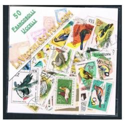 50 Francobolli differenti tematica Uccelli